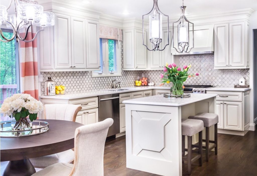 ANTIQUE WHITE - Kitchen Cabinets